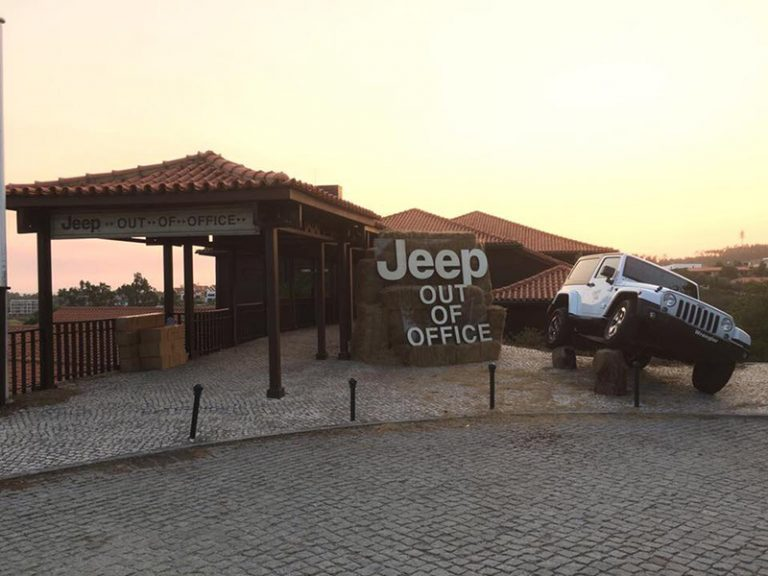 Projectos em CNC - CNC – Jeep – The Hotel