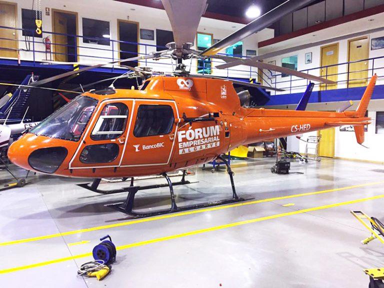 - Decoração de Helicóptero Forum Empresarial do Algarve
